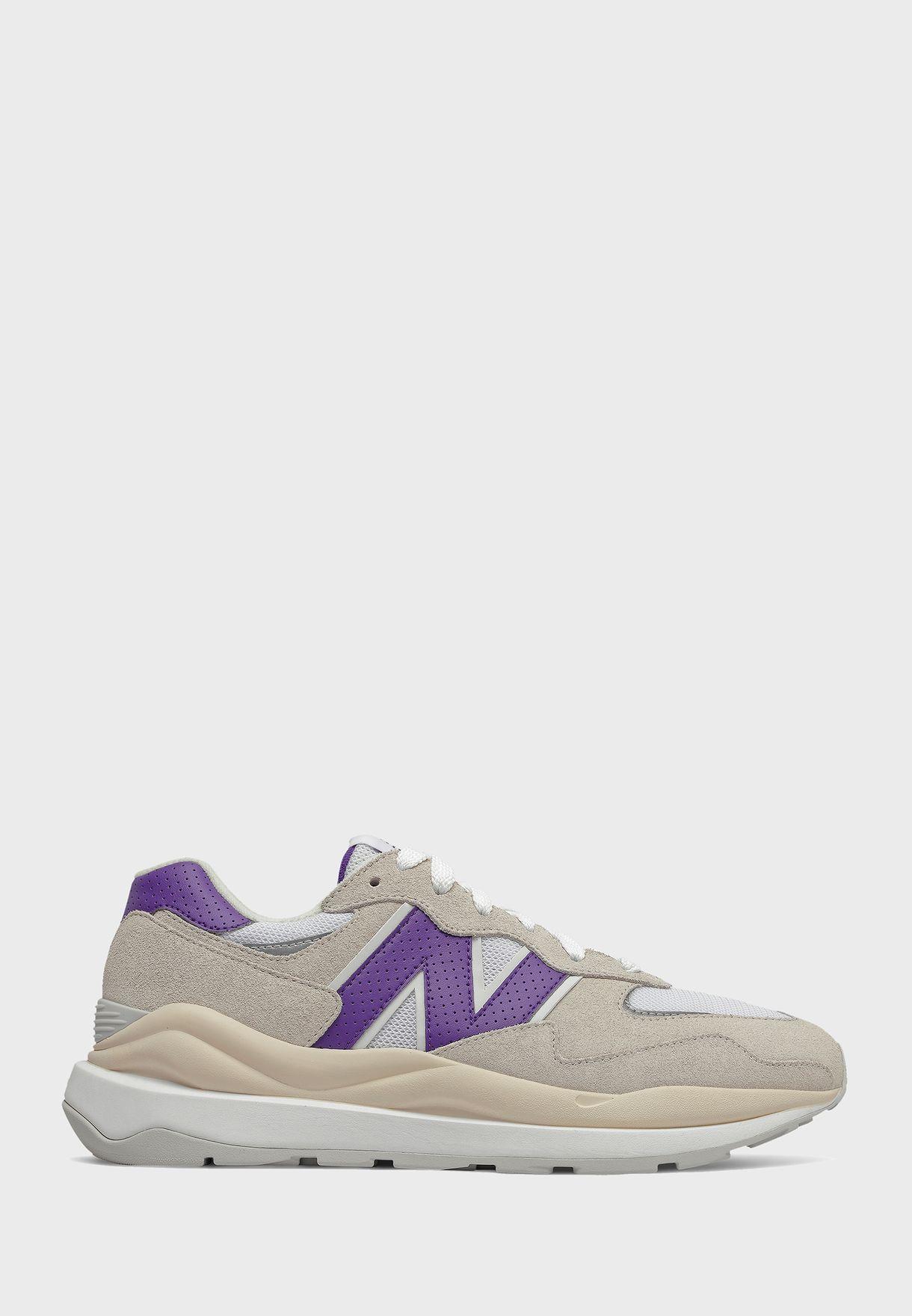 حذاء رياضي 5740