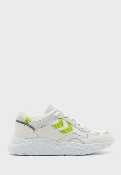حذاء براغا فينيل