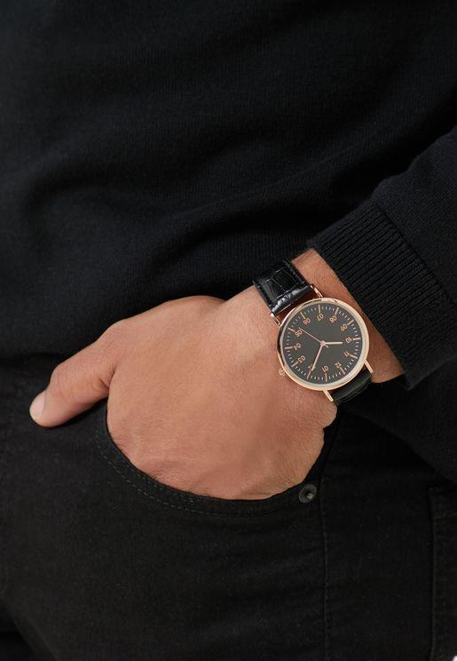 ساعة انالوج من جلد صناعي
