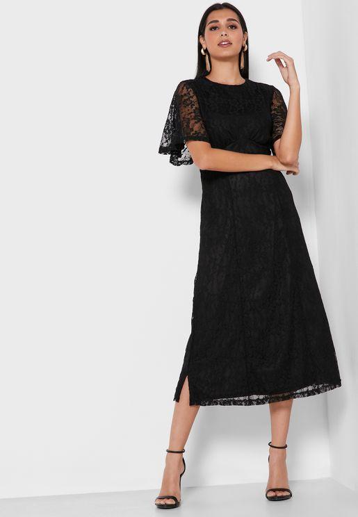 فستان دانتيل