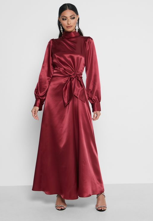 Side Twist Detail Dress