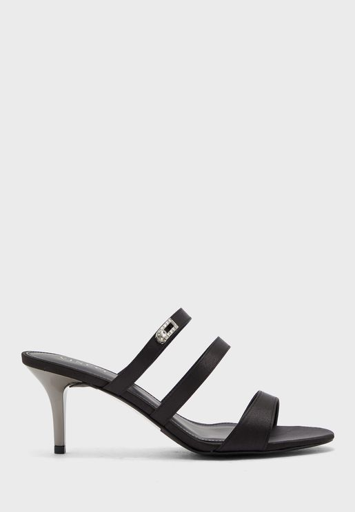 Mutli Strap Low Heel Sandal