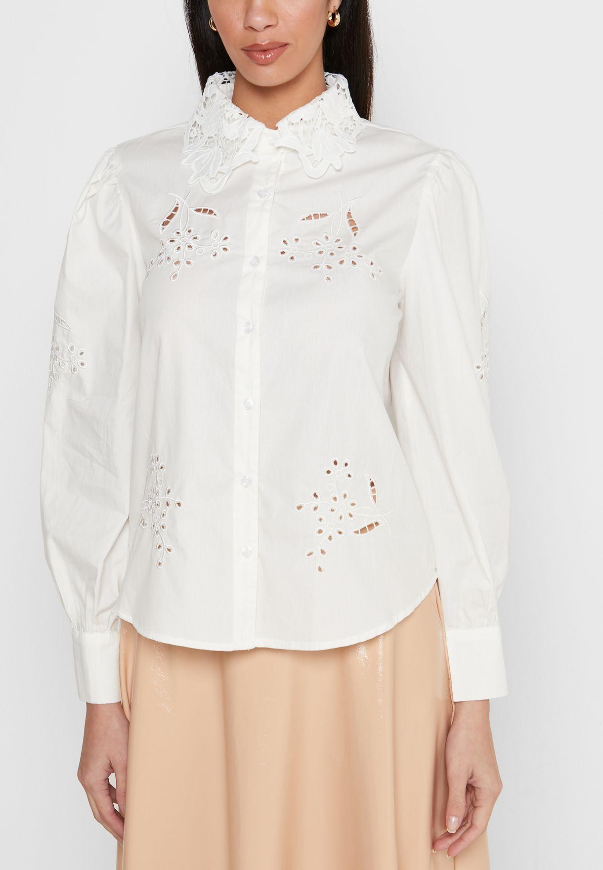 قميص بتطريز شفاف