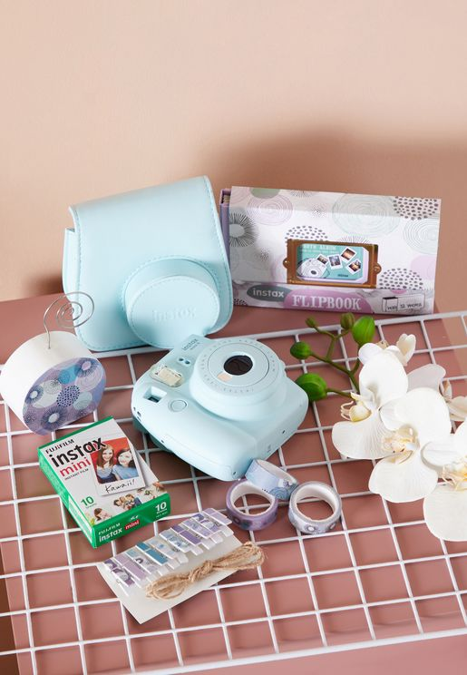 Fujifim Instax Mini 9 Camera Value Pack Bundle