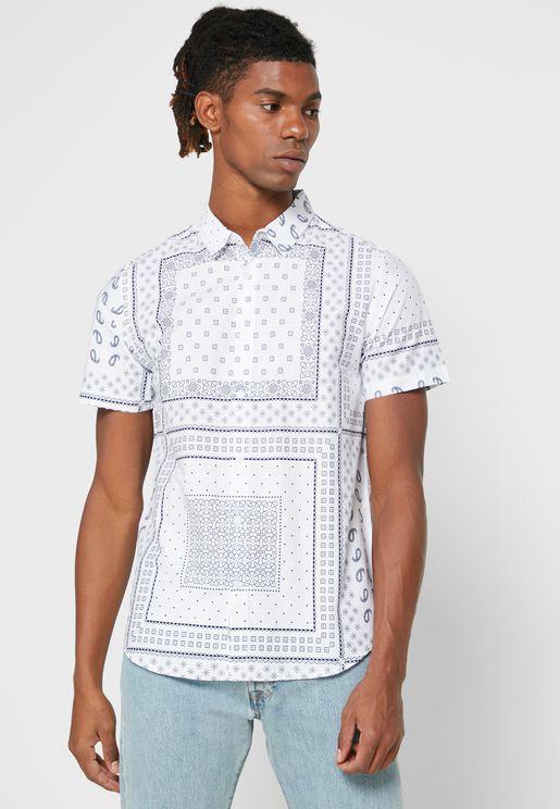 قميص مطبع بازرار امامية