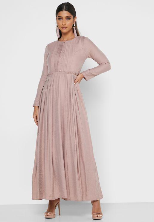 فستان بتداخل كشكش