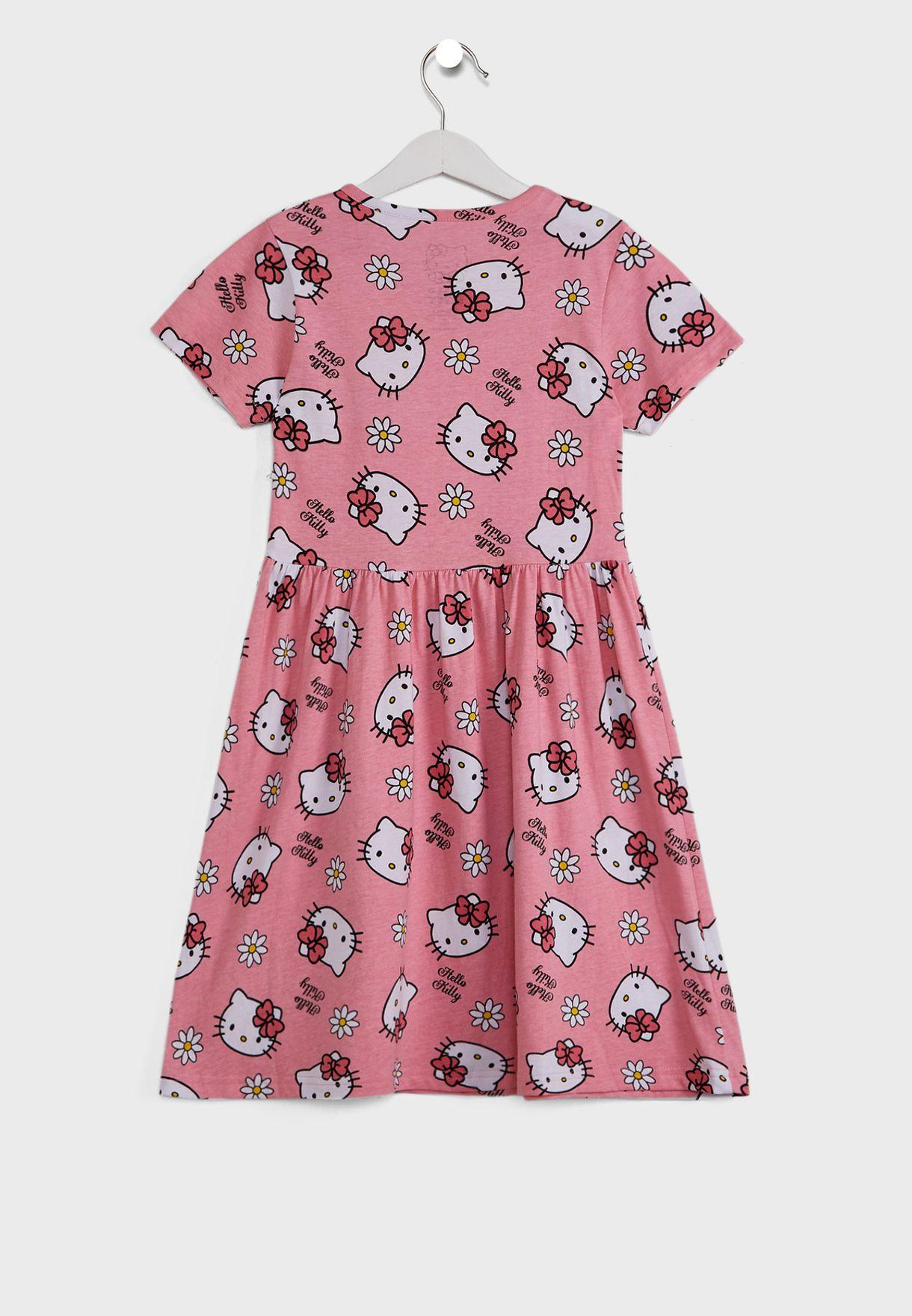 فستان مزين بطباعة جرافيك