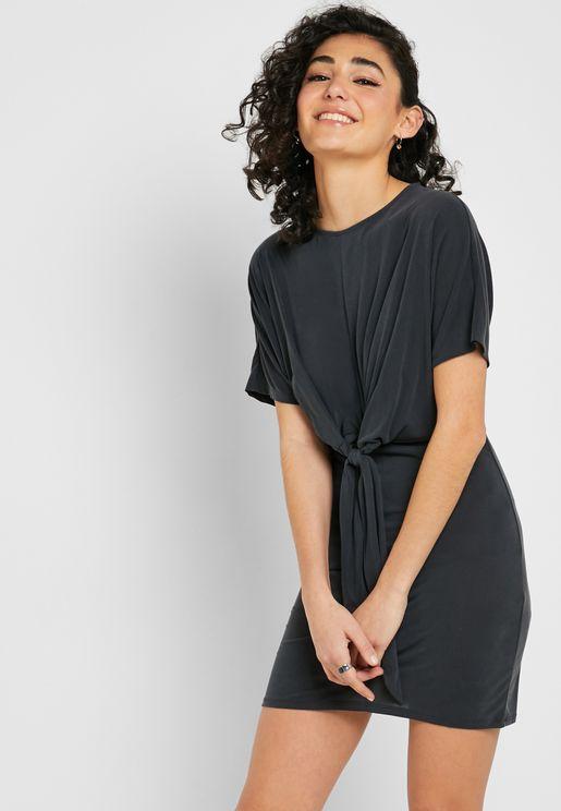 05c4b9ed600f5 Front Knot Short Sleeve Dress. Forever 21. Front Knot Short Sleeve Dress