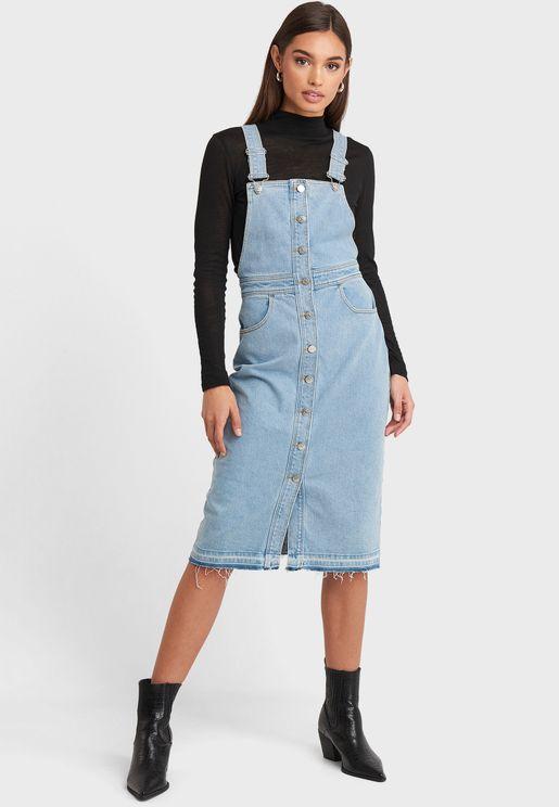 فستان جينز بحمالات