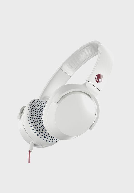 سماعات اذن مع ميكروفون