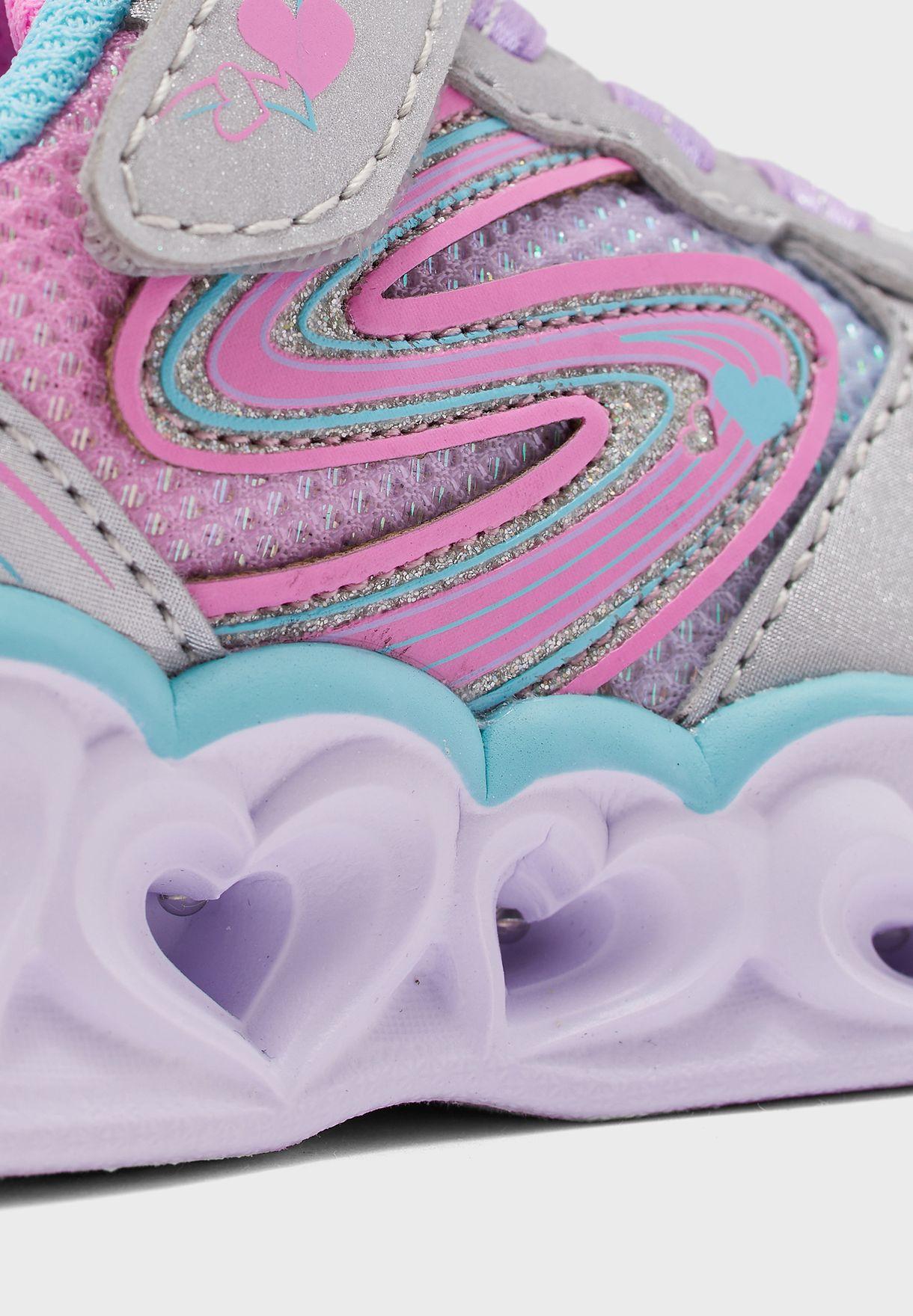 حذاء مزين بأضواء شكل قلب -لوف سبارك