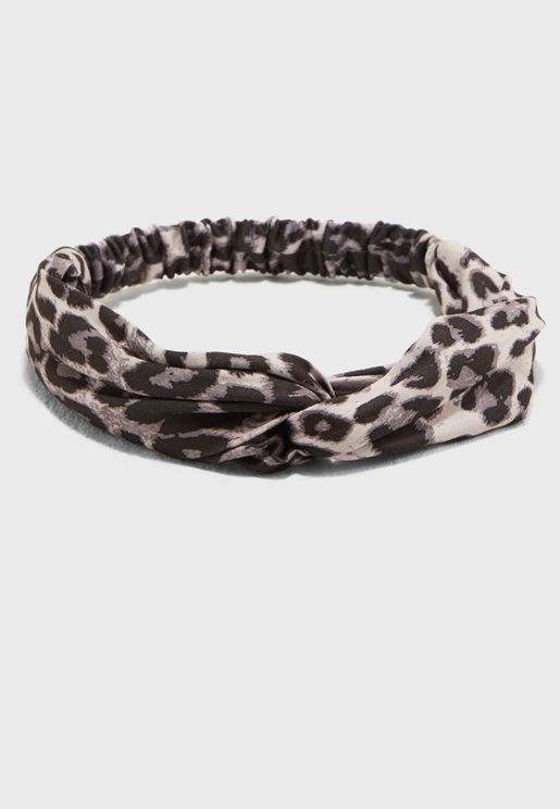 Twist front headband in leopard print