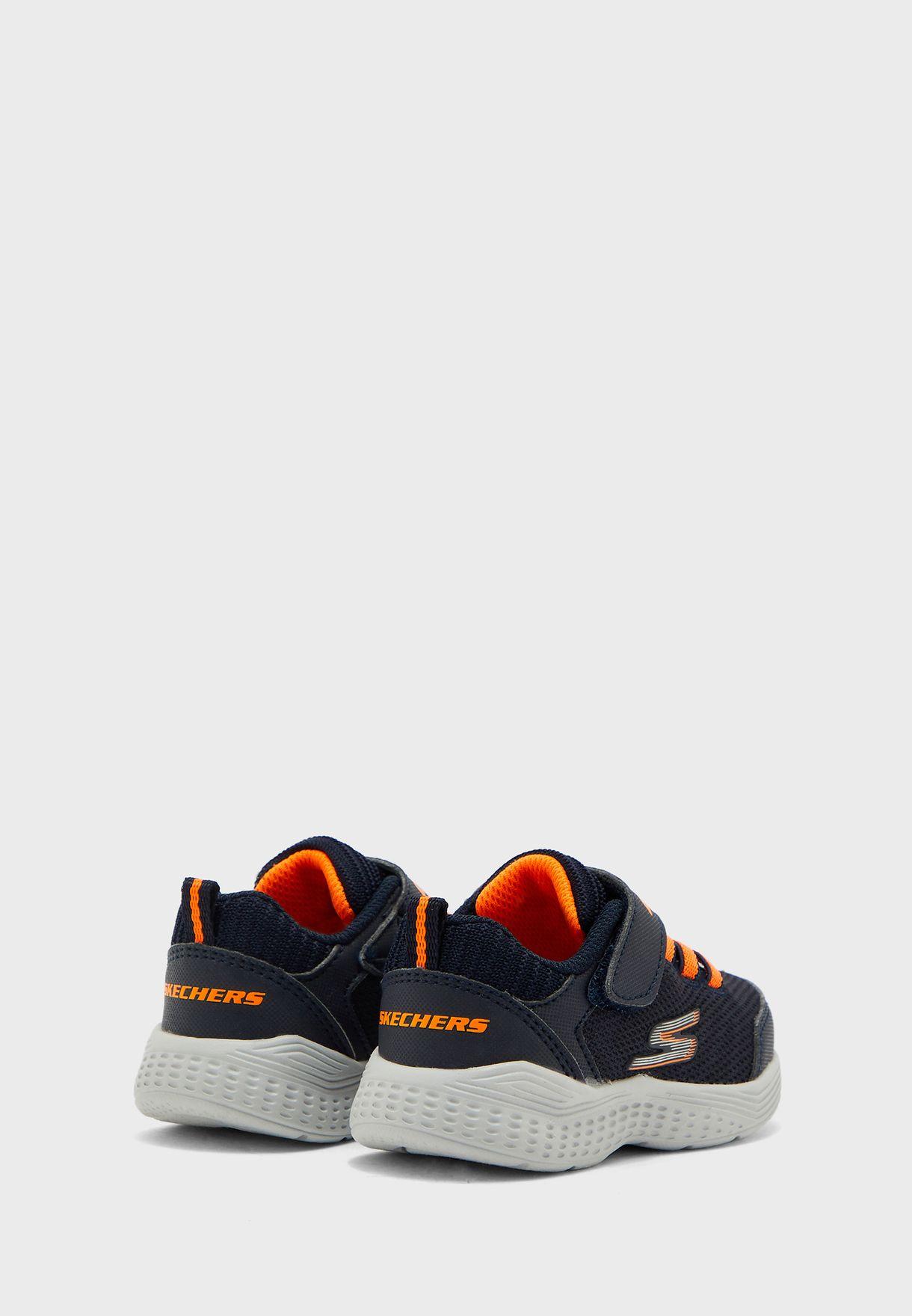 حذاء سناب سبرنتس