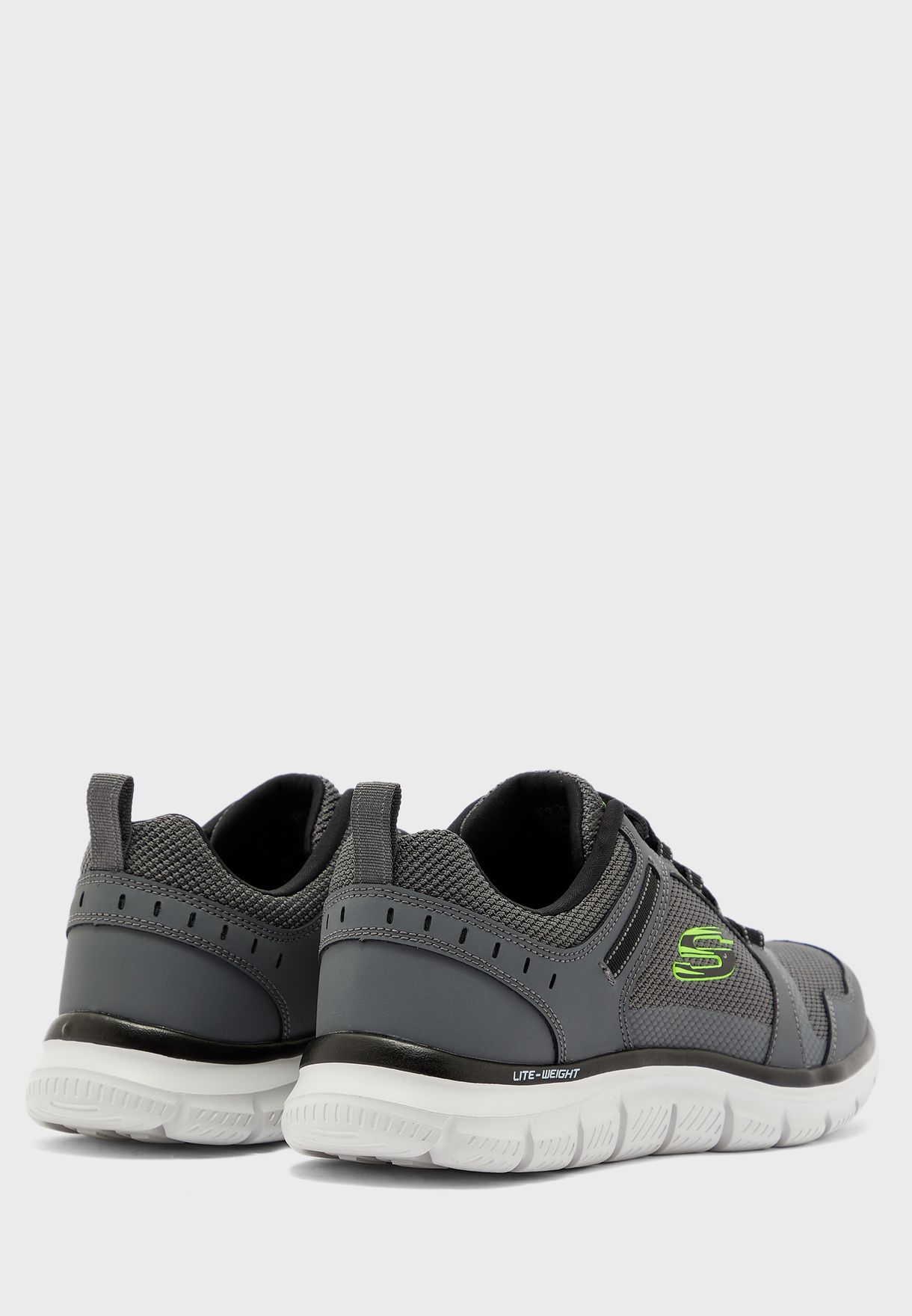 حذاء تراك