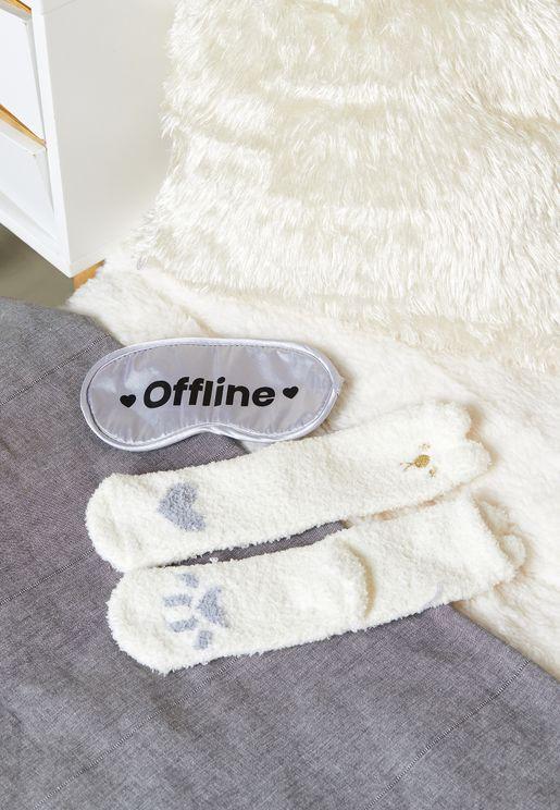 Offline Slogan Face Mask And Socks Set