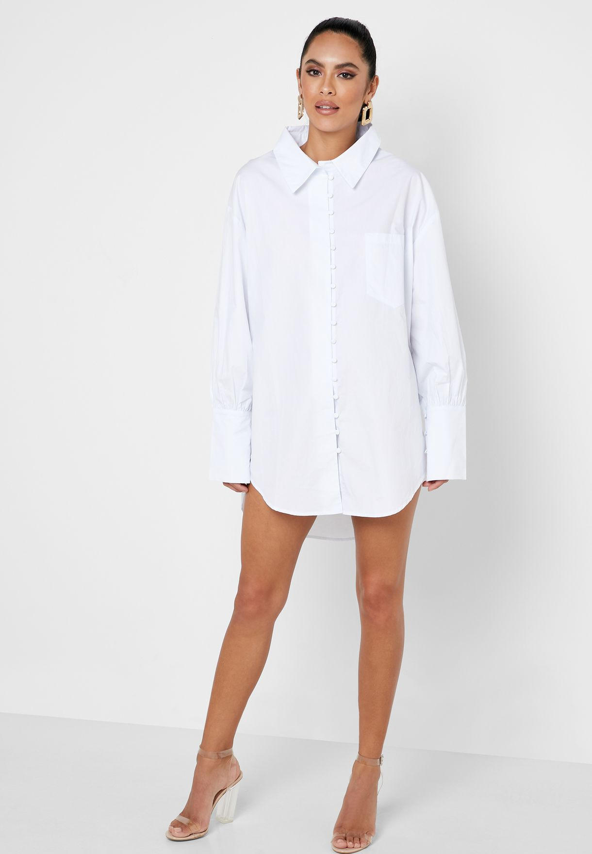 فستان بنمط قميص واسع