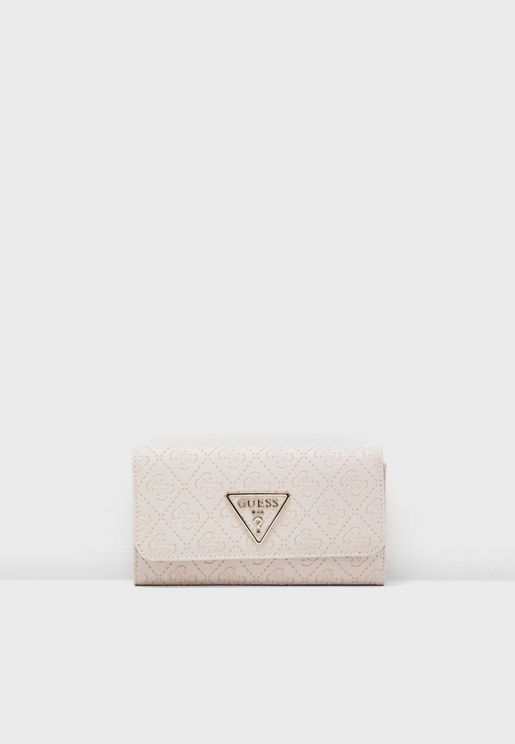 Kamryn Multi Clutch
