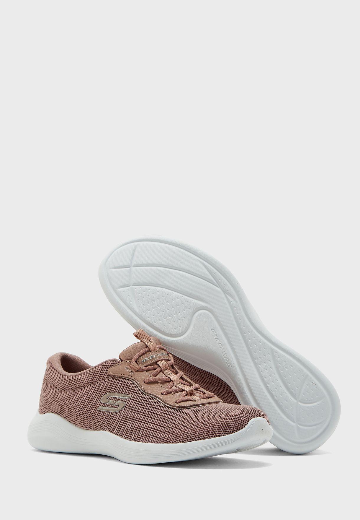 حذاء انفاي