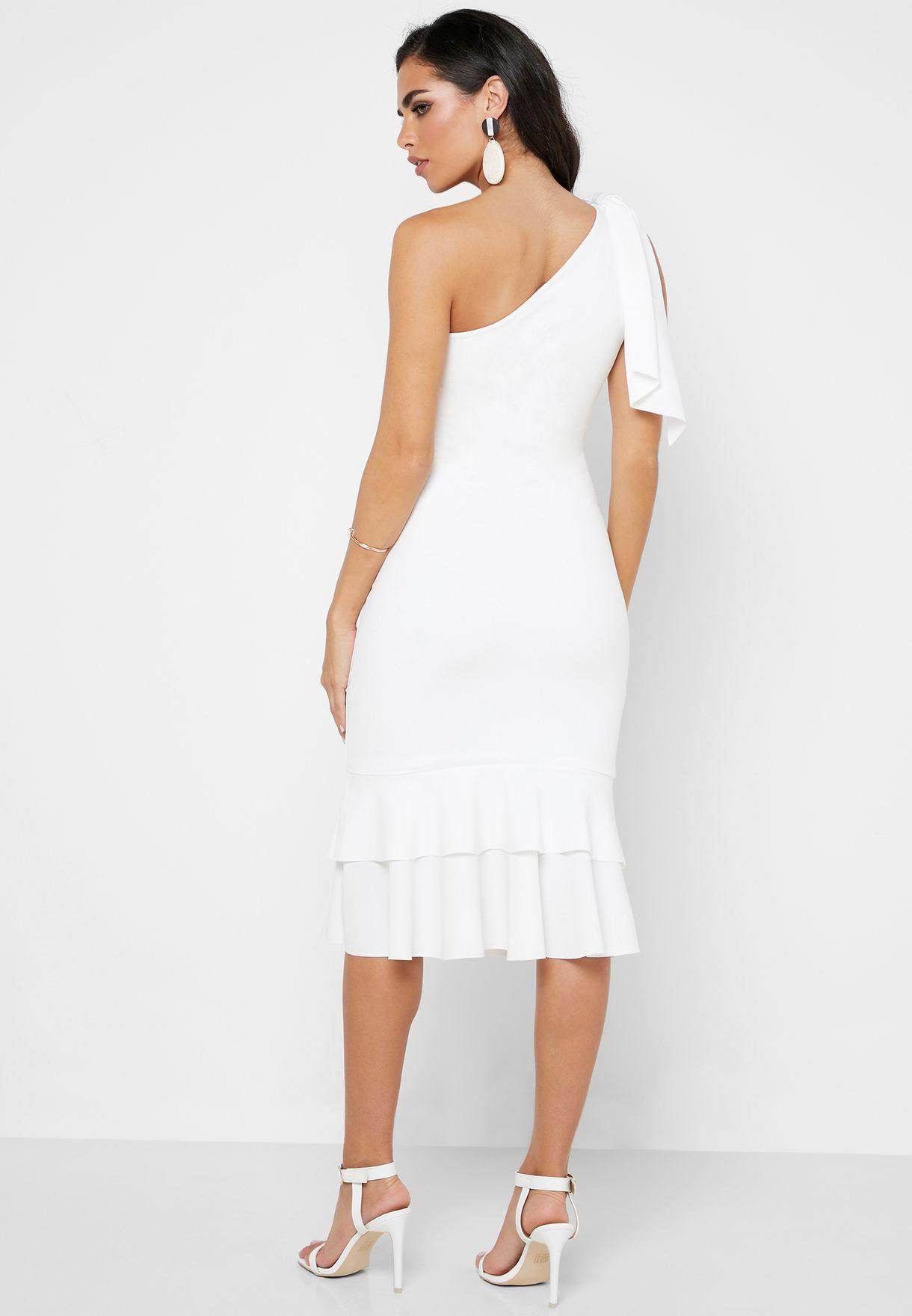 فستان بتصميم ضيق