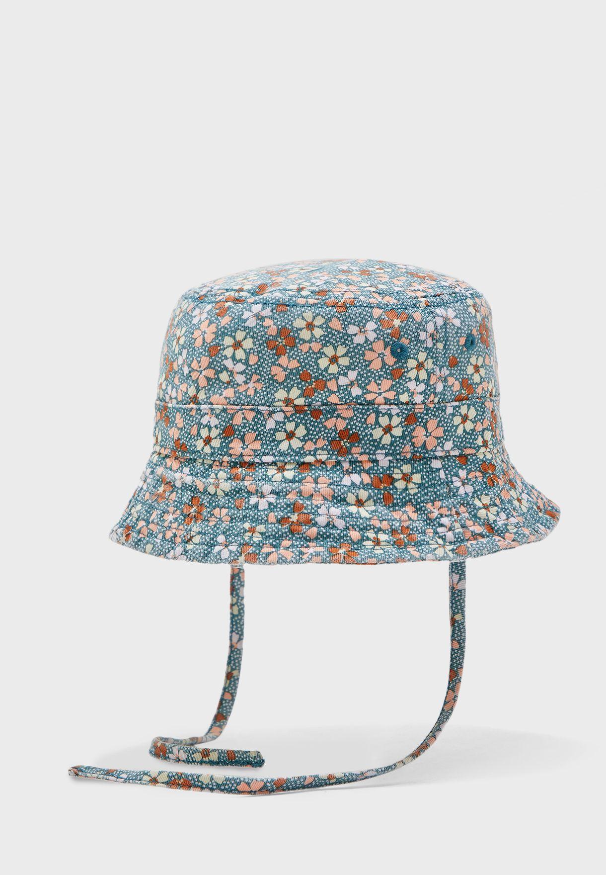 قبعة اطفال بطبعات ازهار