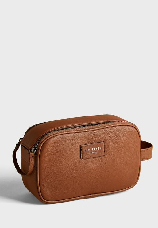Hanging Leather Washbag