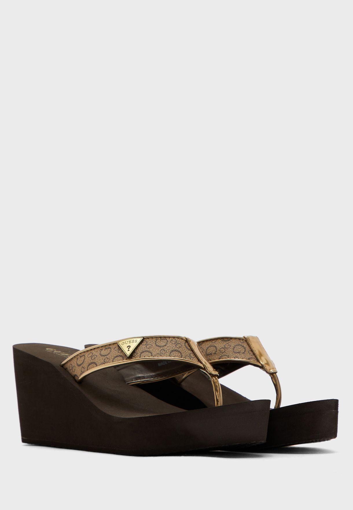 Guess Wgyarn Flat Sandal - Brand Shoes