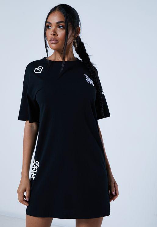فستان من مجموعة مستر دودل