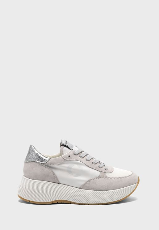 High Runner Low Top Sneaker