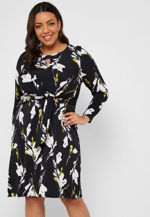 Front Twisted Floral Print Dress
