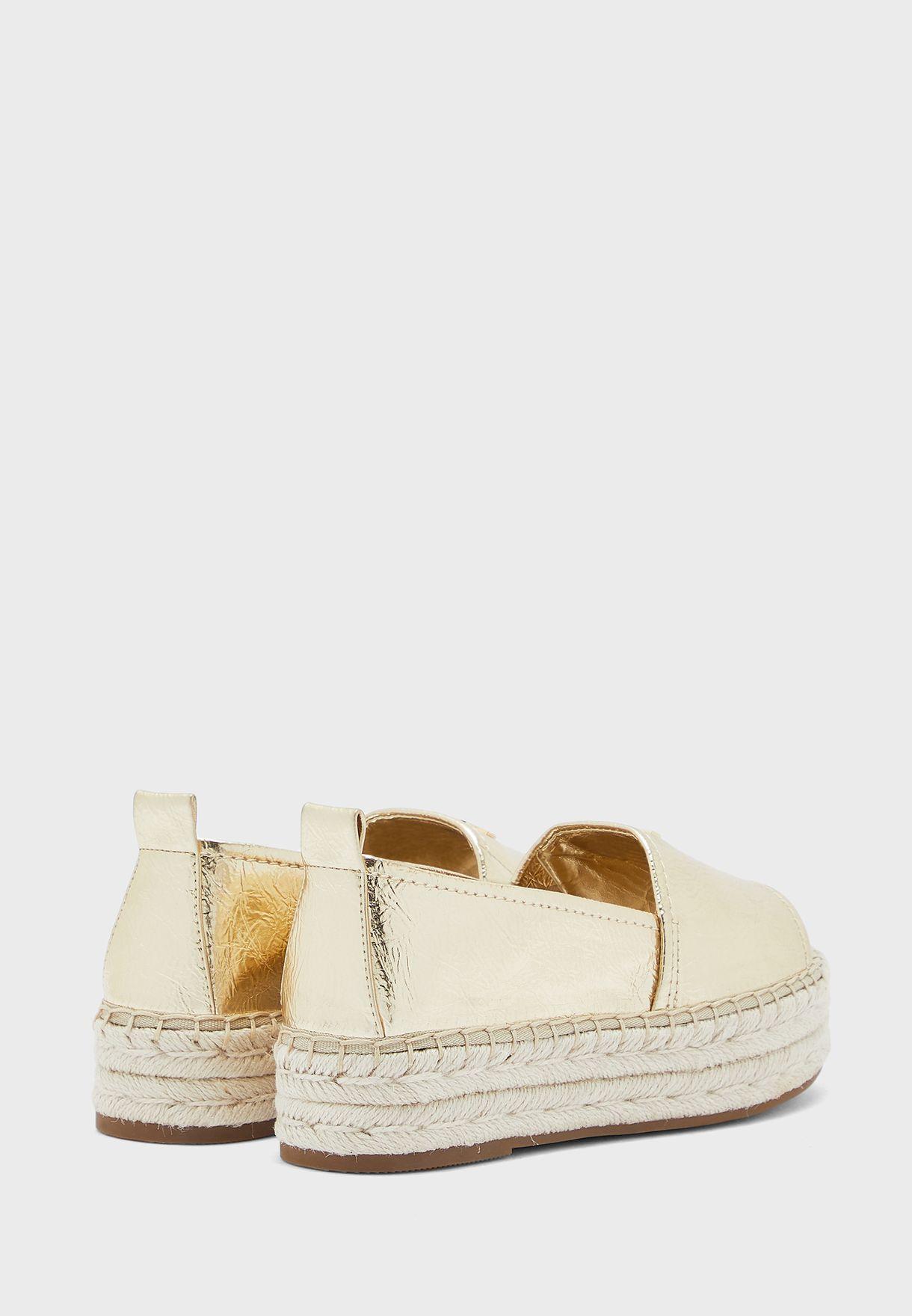 حذاء اسبادريل
