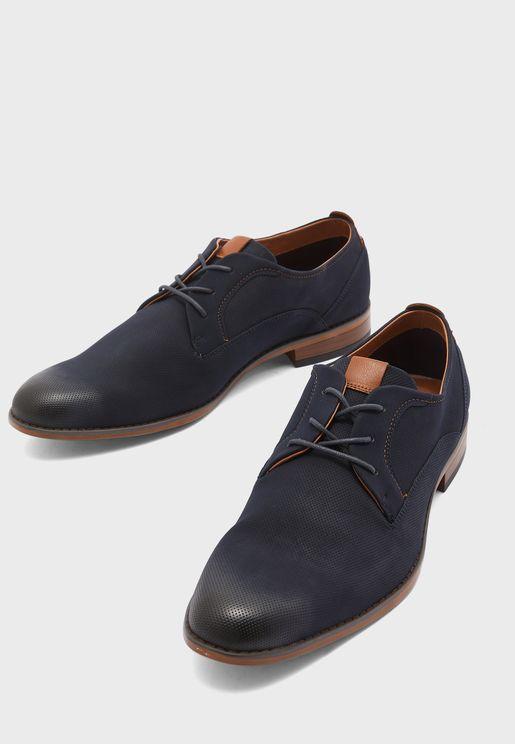 حذاء انيق باربطة