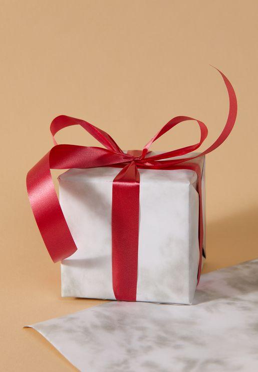 لفة ورق هدايا