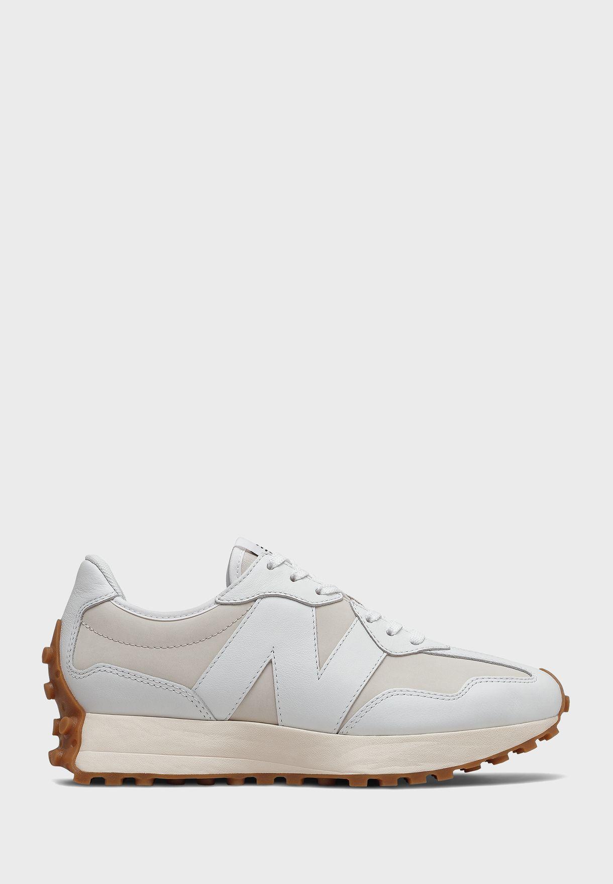 حذاء رياضي 327