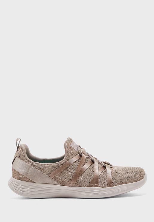 حذاء يو ديفاين