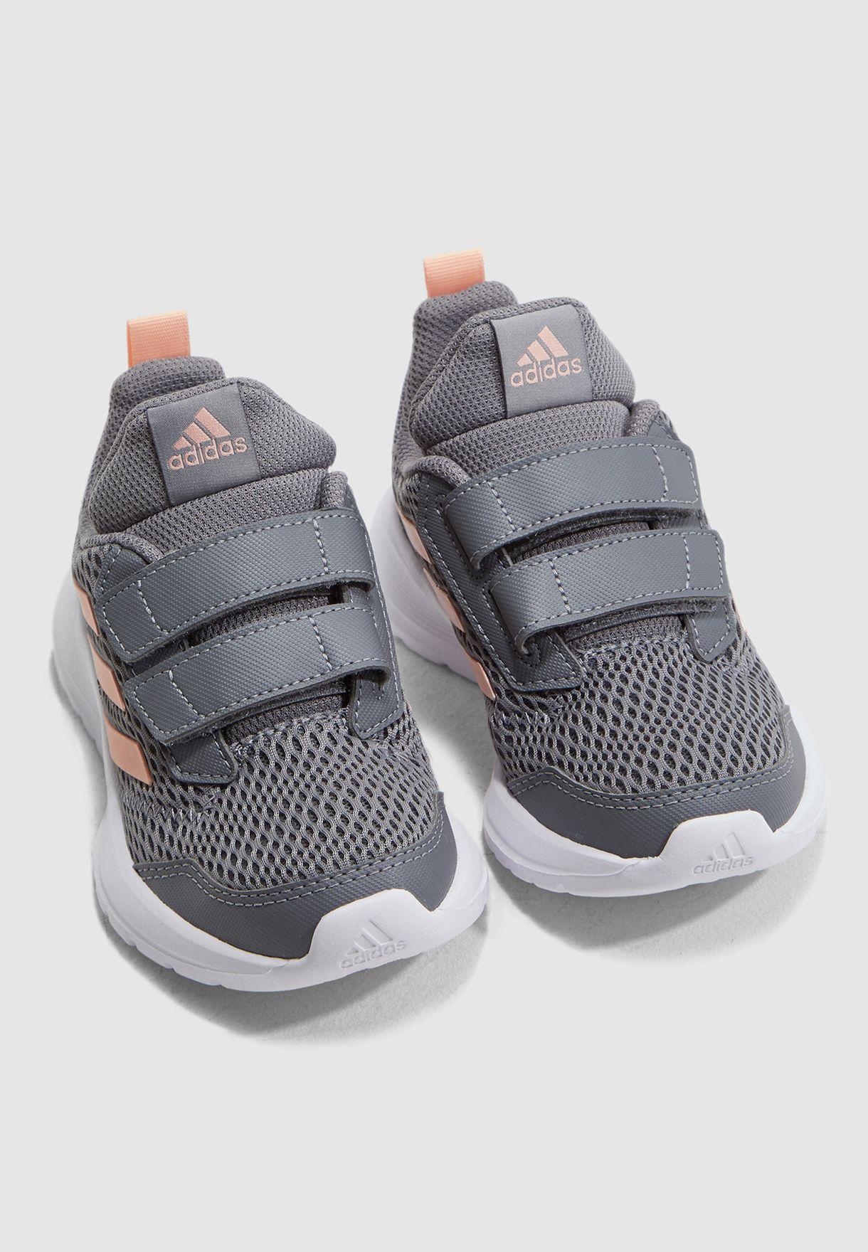 حذاء التارون سي اف