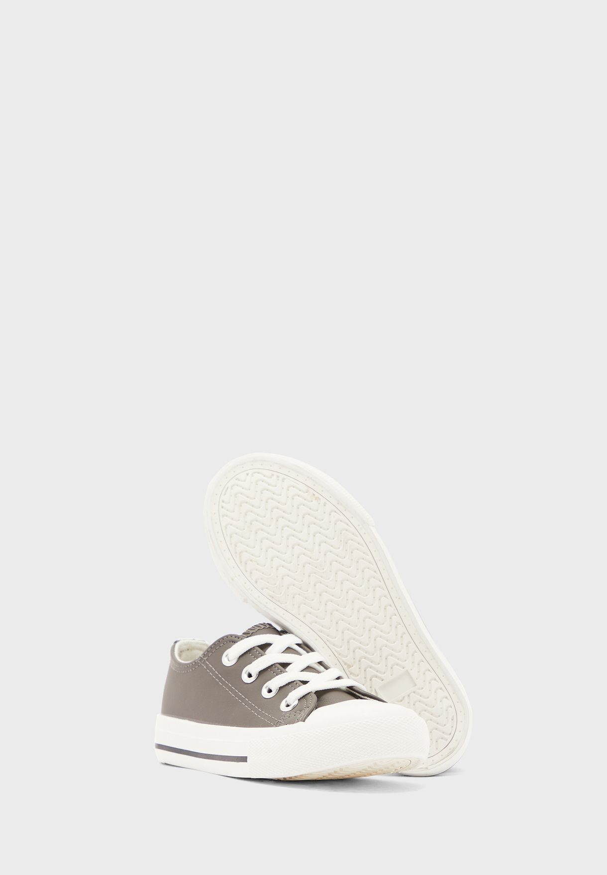 Kids Classic Low Top Sneaker