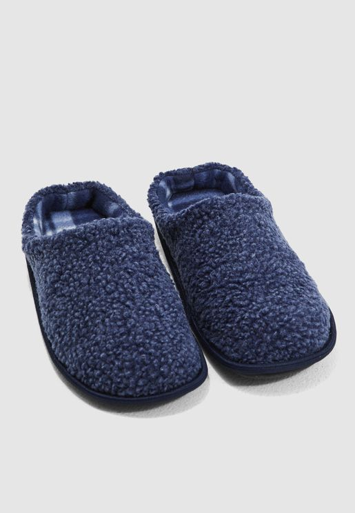 7286594a5cf3 Fleece Bedroom Slippers