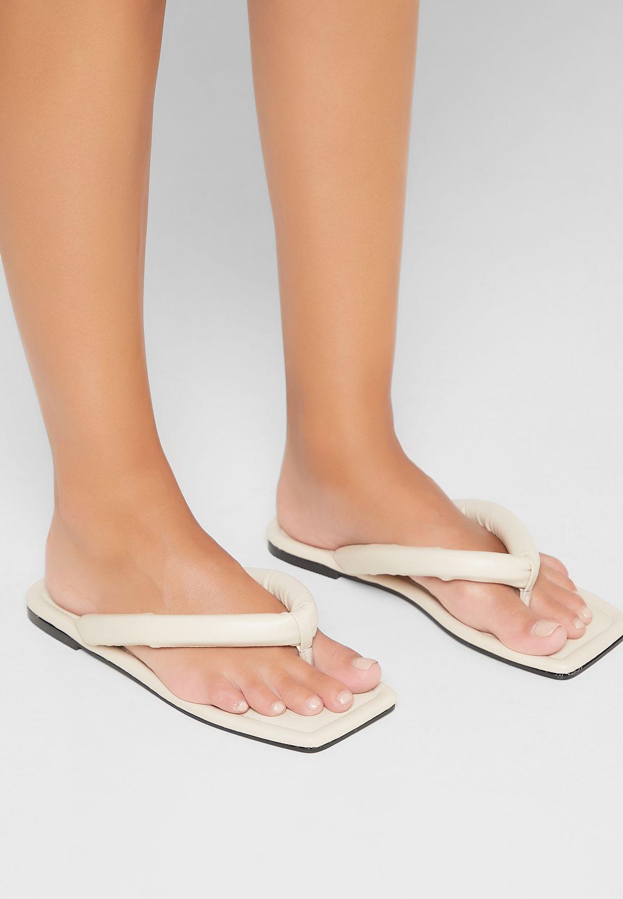 Admit Flat Sandal