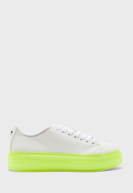 Neo Low Top Sneaker