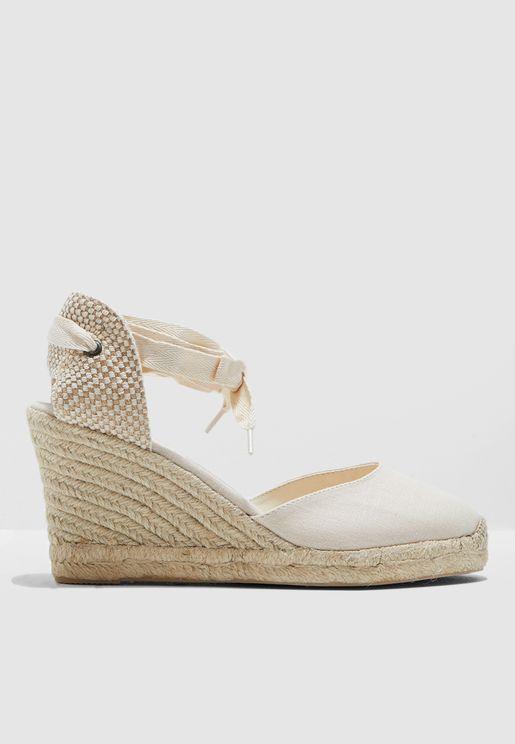 حذاء ويدج كانفاس