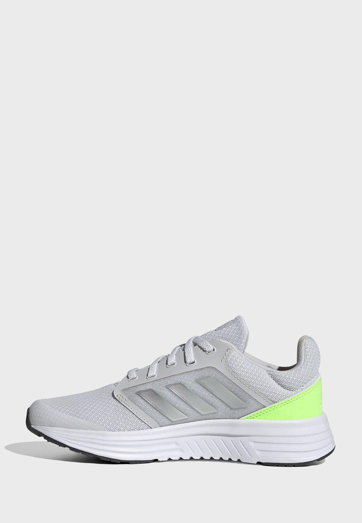 حذاء جالاكسي 5