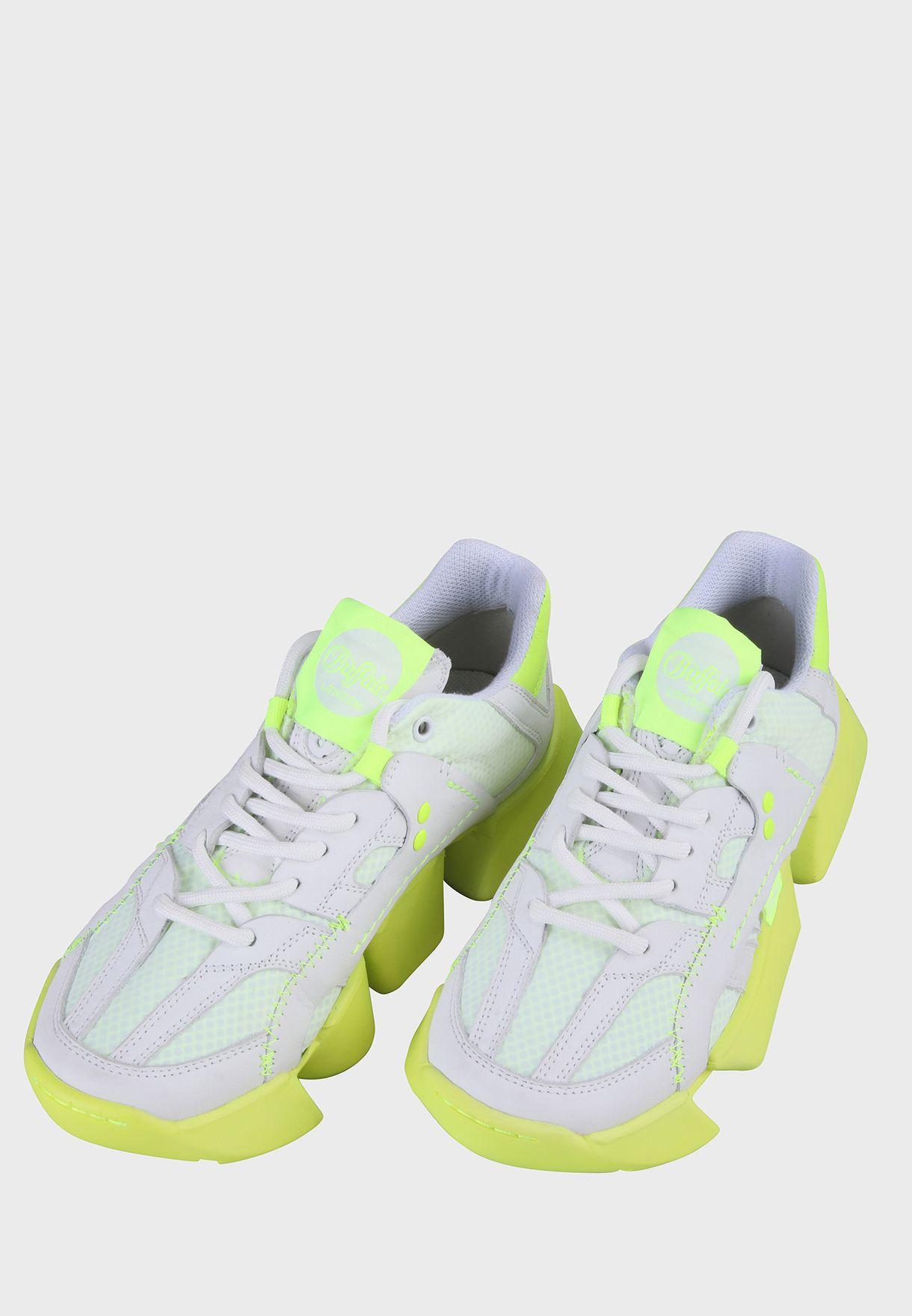 Gravity Light Low Top Sneaker