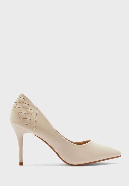 حذاء كعب متوسط