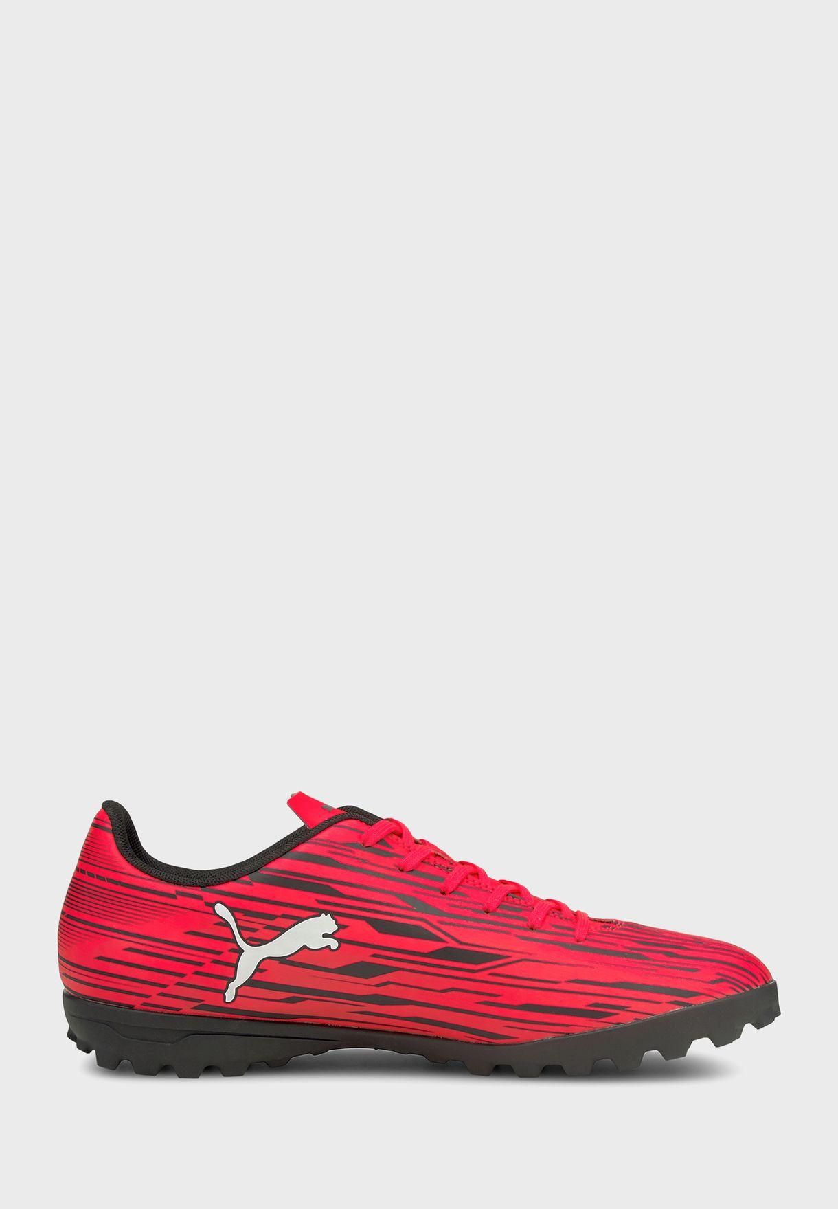 حذاء كرة قدم