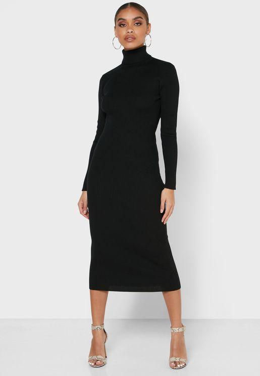 فستان ميد ضيق