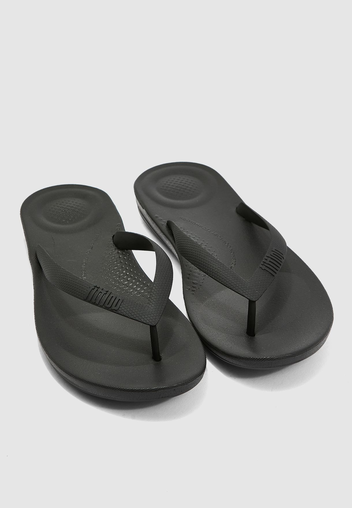 120ff21fd Shop Fitflop black Ergonomic Flip-Flops J80-001 for Men in UAE ...