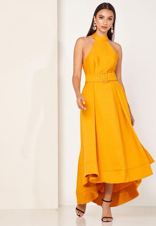 فستان بحافة واسعة متباينة