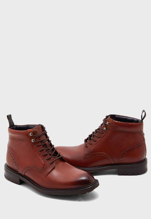 Wottsn Brouge Boots