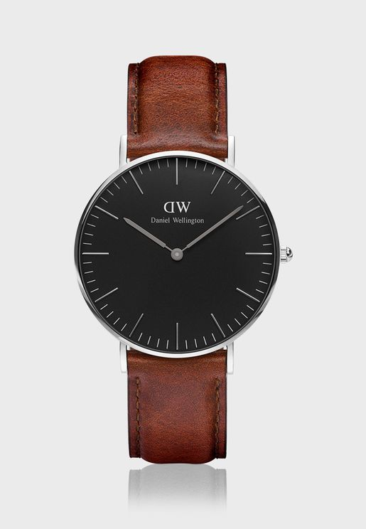 Classic Mawes Analog Watch