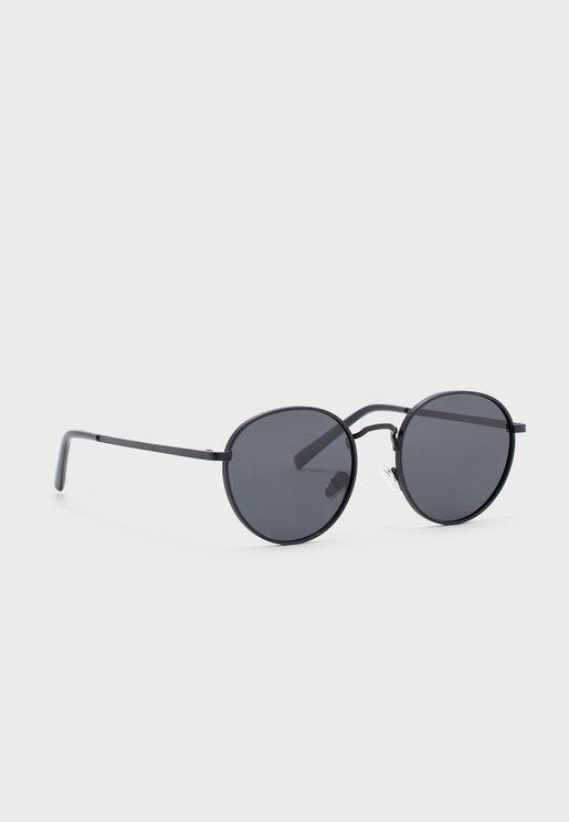 نظارة شمسية بعدسات دائرية مظللة